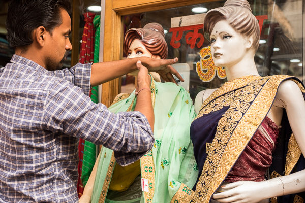 Getting dolled up in Jaipur, India