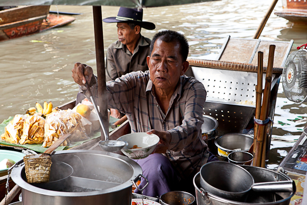 Lunch is served at the Damnoen Saduak floating market